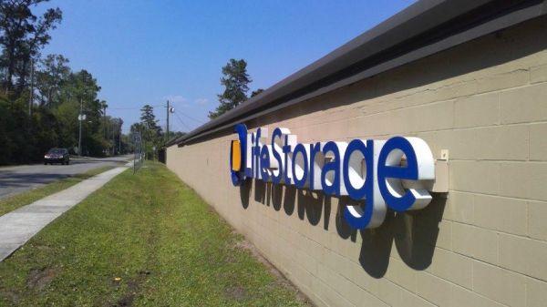 Life Storage - Jacksonville - Manotak Avenue 1515 Manotak Ave Jacksonville, FL - Photo 7