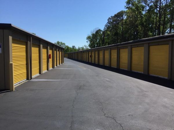 Life Storage - Jacksonville - Old Sunbeam Road 3858 Old Sunbeam Rd Jacksonville, FL - Photo 3