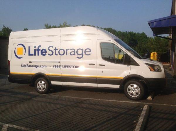 Life Storage - Charlotte - East W.T. Harris Boulevard 6720 East W.T. Harris Boulevard Charlotte, NC - Photo 4