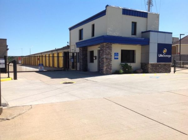 Life Storage - Bedford - Broadway Avenue 1455 Broadway Ave Bedford, OH - Photo 0