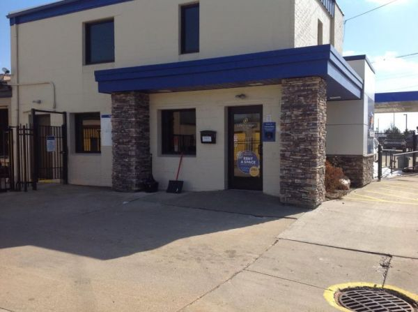 Life Storage - Bedford - Broadway Avenue 1455 Broadway Ave Bedford, OH - Photo 4