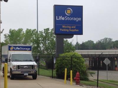 Life Storage - Cleveland - Neff Road 19200 Neff Rd Cleveland, OH - Photo 8