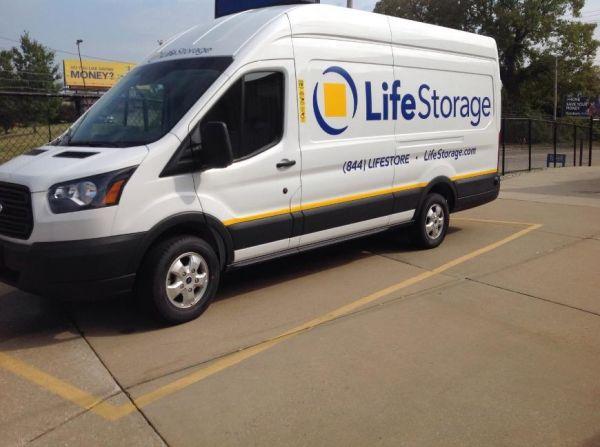 Life Storage - Cleveland - Neff Road 19200 Neff Rd Cleveland, OH - Photo 4