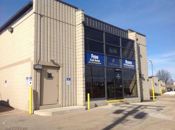 Life Storage - Cleveland - Neff Road 19200 Neff Rd Cleveland, OH - Photo 3