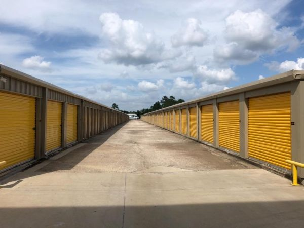 Life Storage - Beaumont - Eastex Freeway 8020 Eastex Fwy Beaumont, TX - Photo 5