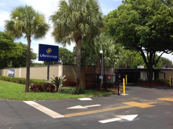 Life Storage - Delray Beach - 551 South Congress Avenue 551 S Congress Ave Delray Beach, FL - Photo 3