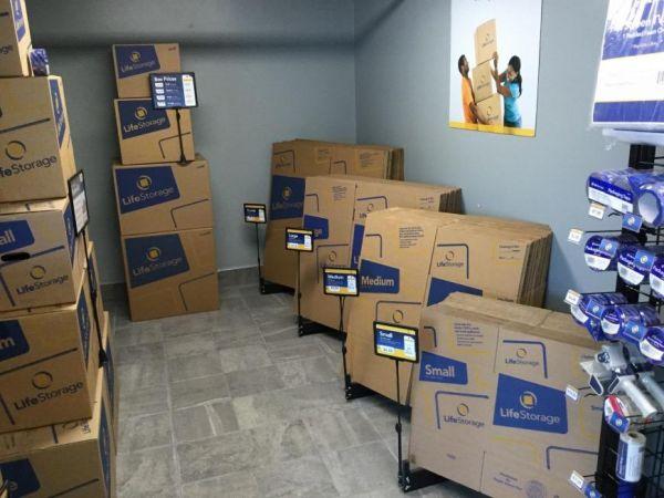 Life Storage - Salem - Highland Avenue 435 Highland Ave Salem, MA - Photo 6