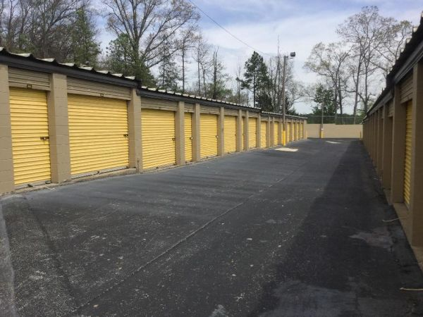 Life Storage - Chattanooga - 6601 Lee Highway 6601 Lee Hwy Chattanooga, TN - Photo 5