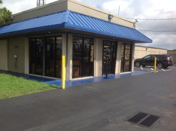 Life Storage - Hollywood - Sheridan Street 7901 Sheridan St Hollywood, FL - Photo 5