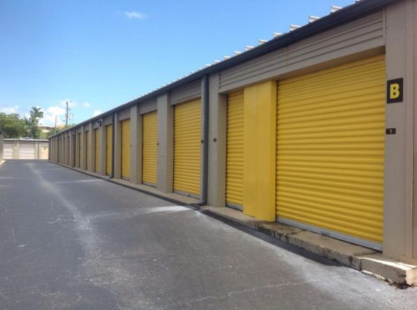 Life Storage - Pompano Beach - West Sample Road 1500 W Sample Rd Pompano Beach, FL - Photo 4