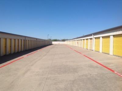Life Storage - Euless 1151 W Euless Blvd Euless, TX - Photo 7