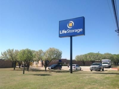 Life Storage - Euless 1151 W Euless Blvd Euless, TX - Photo 3