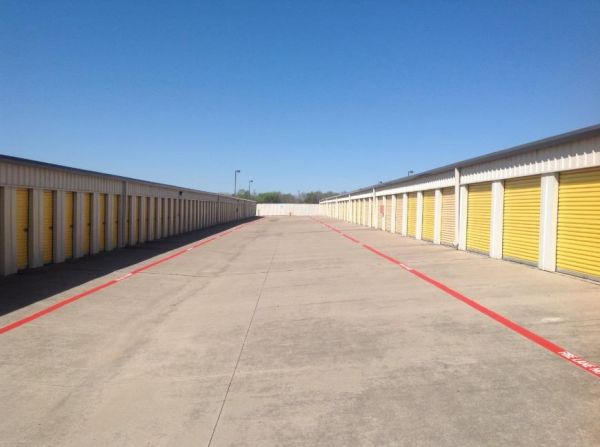 Life Storage - Euless 1151 W Euless Blvd Euless, TX - Photo 5