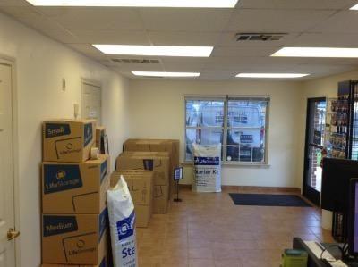 Life Storage - North Richland Hills 5575 Davis Blvd North Richland Hills, TX - Photo 4