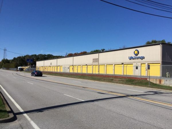 Life Storage - West Warwick 5 James P Murphy Ind Hwy West Warwick, RI - Photo 6