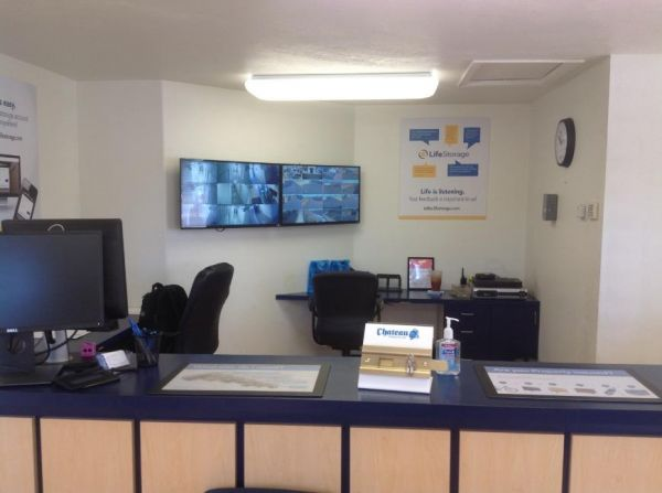 Life Storage - Glendale - 59th Avenue 13902 N 59th Ave Glendale, AZ - Photo 1