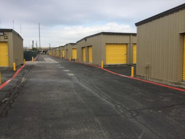 Life Storage - Cedar Hill 150 N Clark Rd Cedar Hill, TX - Photo 5
