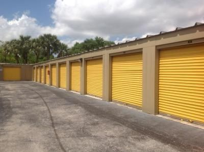 Life Storage - Plantation 5605 W Sunrise Blvd Plantation, FL - Photo 3