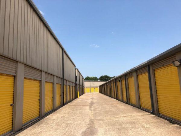 Life Storage - League City - 2410 East Main Street 2410 E Main St League City, TX - Photo 5