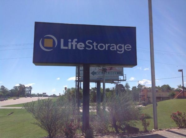 Life Storage - Montgomery - Highway 105 West 15261 Highway 105 W Montgomery, TX - Photo 1