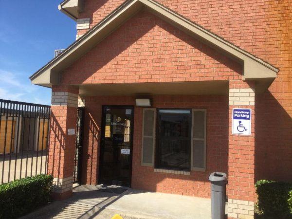 Life Storage - Duncanville 1010 E. Highway 67 Duncanville, TX - Photo 4