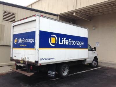 Life Storage - Stamford - Fairfield Avenue 280 Fairfield Ave Stamford, CT - Photo 3