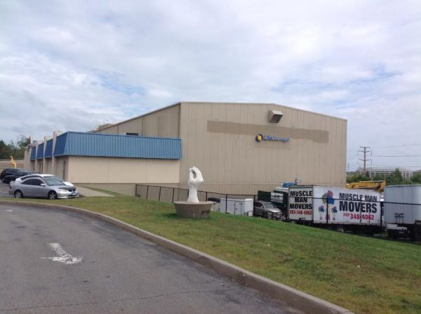 Life Storage - Stamford - Fairfield Avenue 280 Fairfield Ave Stamford, CT - Photo 6