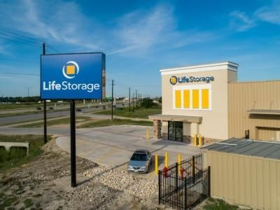 Life Storage - Austin - US 290 East 9717 Us-290 E Austin, TX - Photo 8