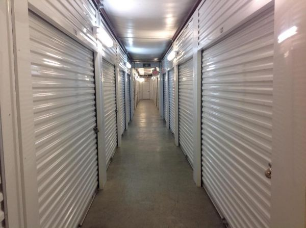 Life Storage - New Orleans 3200 General Degaulle Dr New Orleans, LA - Photo 2