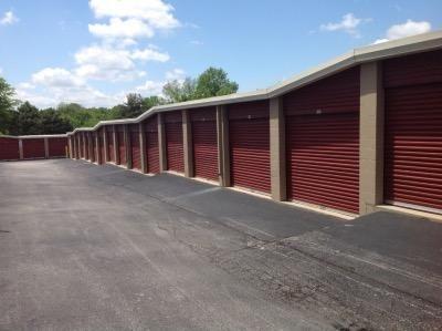 Life Storage - Bridgeton 11540 Saint Charles Rock Rd Bridgeton, MO - Photo 5