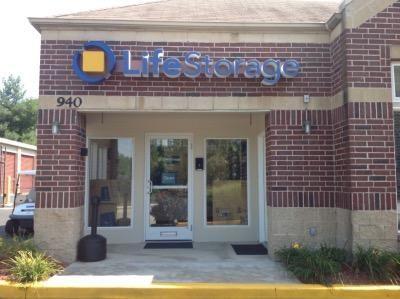 Life Storage - Florissant - Shackelford Road 940 Shackelford Rd Florissant, MO - Photo 7