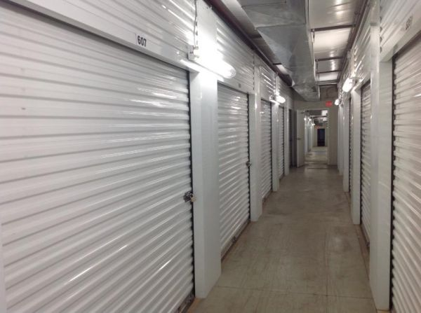 Life Storage - Florissant - Shackelford Road 940 Shackelford Rd Florissant, MO - Photo 6