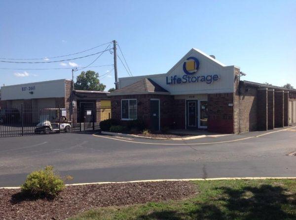 Life Storage - Florissant - Washington Street 450 W Washington St Florissant, MO - Photo 0