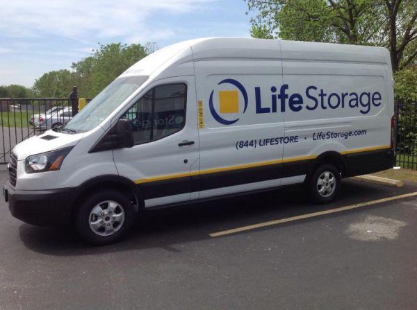 Life Storage - Florissant - Washington Street 450 W Washington St Florissant, MO - Photo 1