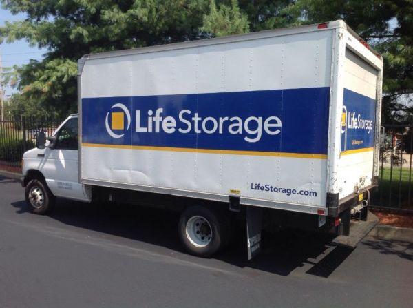 Life Storage - Hazelwood - Howdershell Road 6355 Howdershell Rd Hazelwood, MO - Photo 2