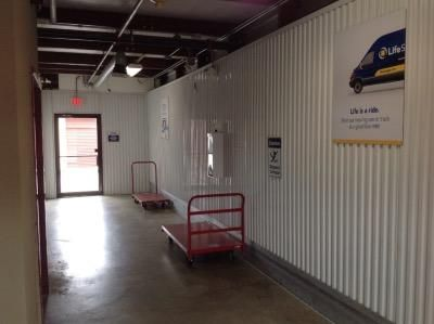 Life Storage - St. Louis - Manchester Avenue 6557 Manchester Ave St Louis, MO - Photo 5