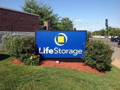 Life Storage - St. Louis - Manchester Avenue 6557 Manchester Ave St Louis, MO - Photo 8