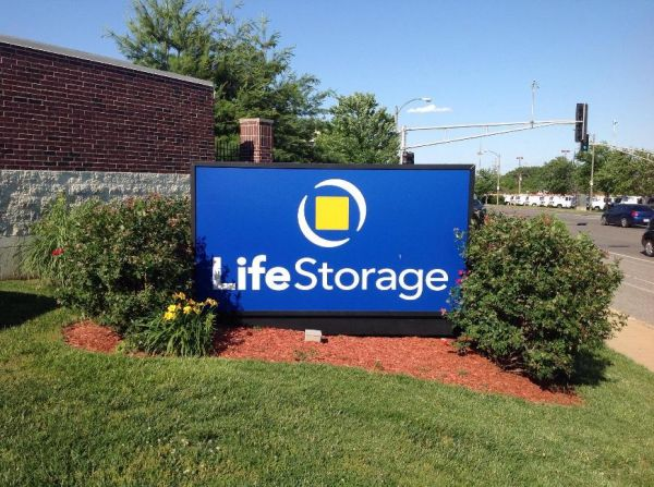 Life Storage - St. Louis - Manchester Avenue 6557 Manchester Ave St Louis, MO - Photo 8