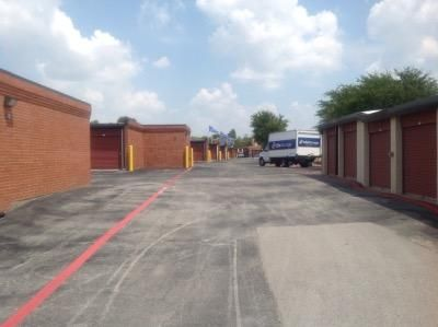Life Storage - Arlington - Little Road 4320 Little Rd Arlington, TX - Photo 3