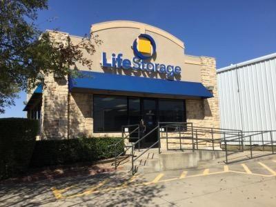 Life Storage - Dallas - Manana Drive 2305 Manana Dr Dallas, TX - Photo 0