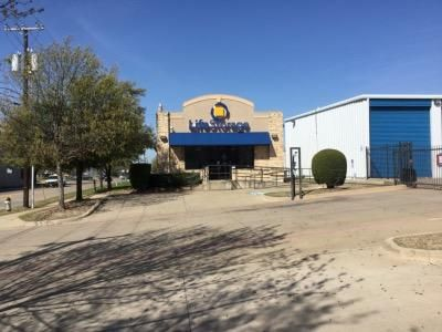 Life Storage - Dallas - Manana Drive 2305 Manana Dr Dallas, TX - Photo 4