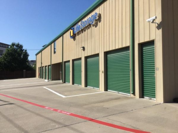 Life Storage - Dallas - Manderville Lane 8555 Manderville Ln Dallas, TX - Photo 2