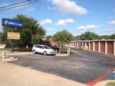 Life Storage - Fort Worth - Granbury Road 6050 Granbury Rd Fort Worth, TX - Photo 7
