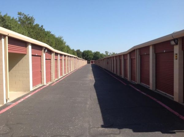 Life Storage - Hurst 88 Grapevine Hwy Hurst, TX - Photo 5
