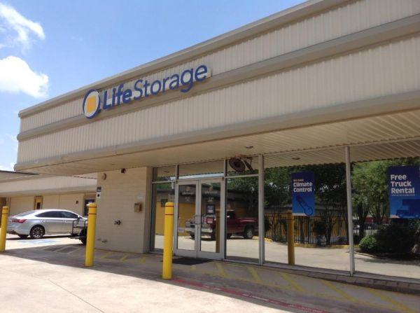 Life Storage - San Antonio - Broadway Street 2300 Broadway St San Antonio, TX - Photo 3