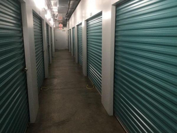 Life Storage - Chattanooga - 6103 Lee Highway 6103 Lee Hwy Chattanooga, TN - Photo 3