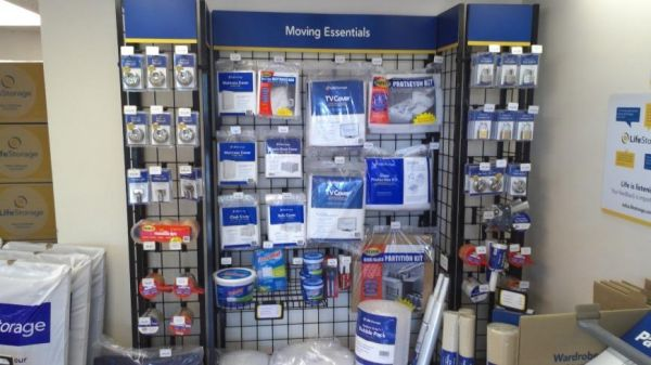 Life Storage - Cheektowaga - Union Road 3154 Union Rd Cheektowaga, NY - Photo 6