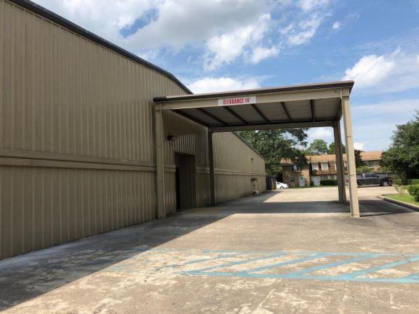 Life Storage - Beaumont - South Dowlen Road 250 S Dowlen Rd Beaumont, TX - Photo 8