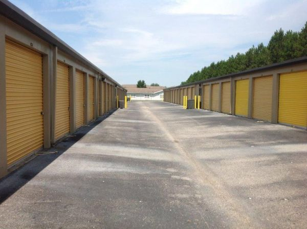 Life Storage - Pensacola - West Nine Mile Road 1600 W Nine Mile Rd Pensacola, FL - Photo 2