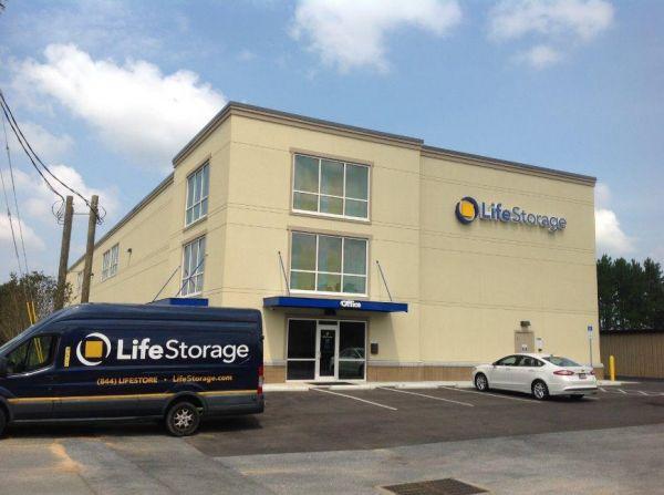 Life Storage - Pensacola - West Nine Mile Road 1600 W Nine Mile Rd Pensacola, FL - Photo 2